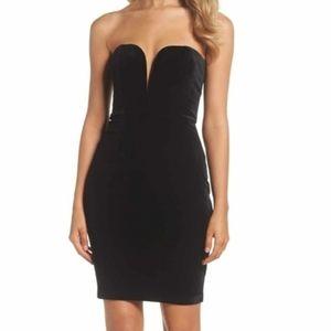 BARDOT Black Velvet V-Plunge Strapless Dress
